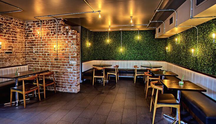 چمن مصنوعی برای رستوران و کافه