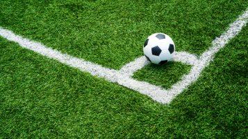 چمن مصنوعی فوتبالی