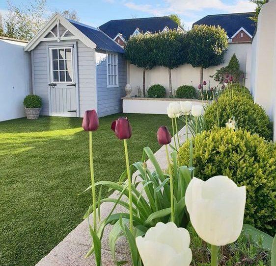 چمن مصنوعی برای حیاط